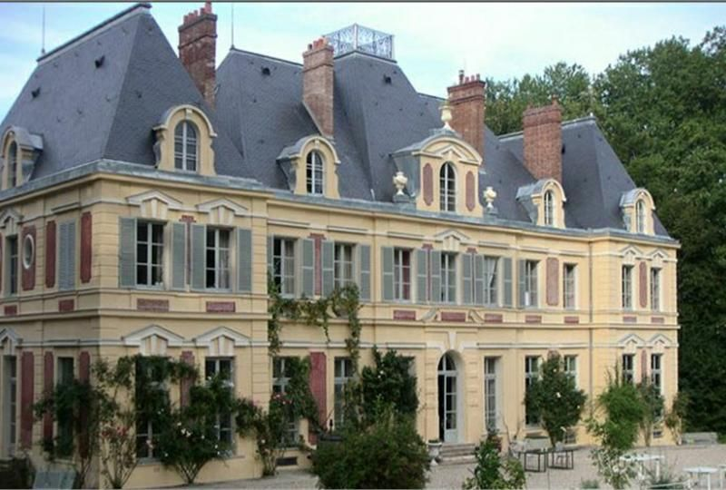 Castle For Sale Near Paris In France French Chateau Chateau France French Castles