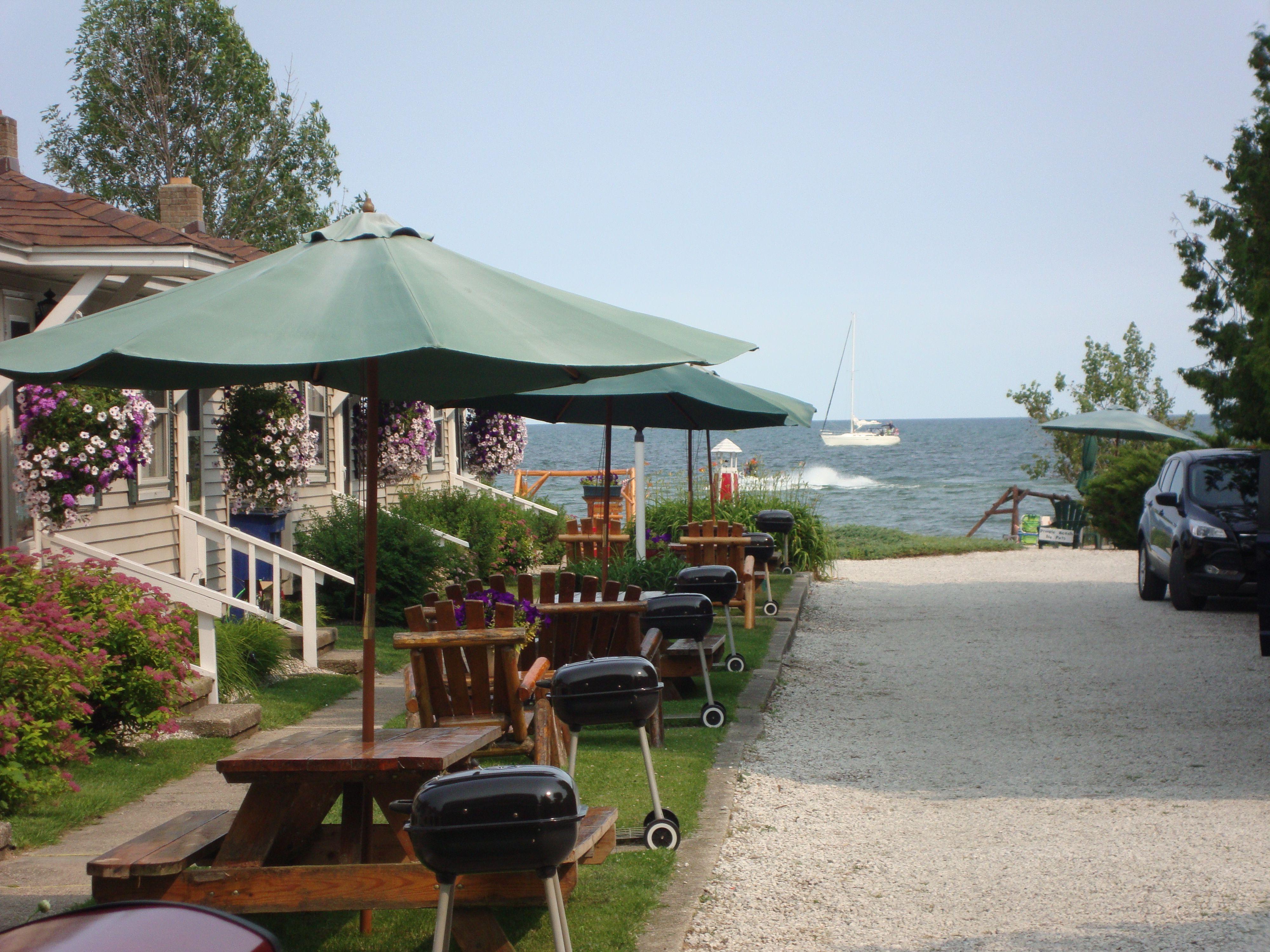 Tawas City Lake Huron Young S Getaway Resort Sandy Beachfront Cabins