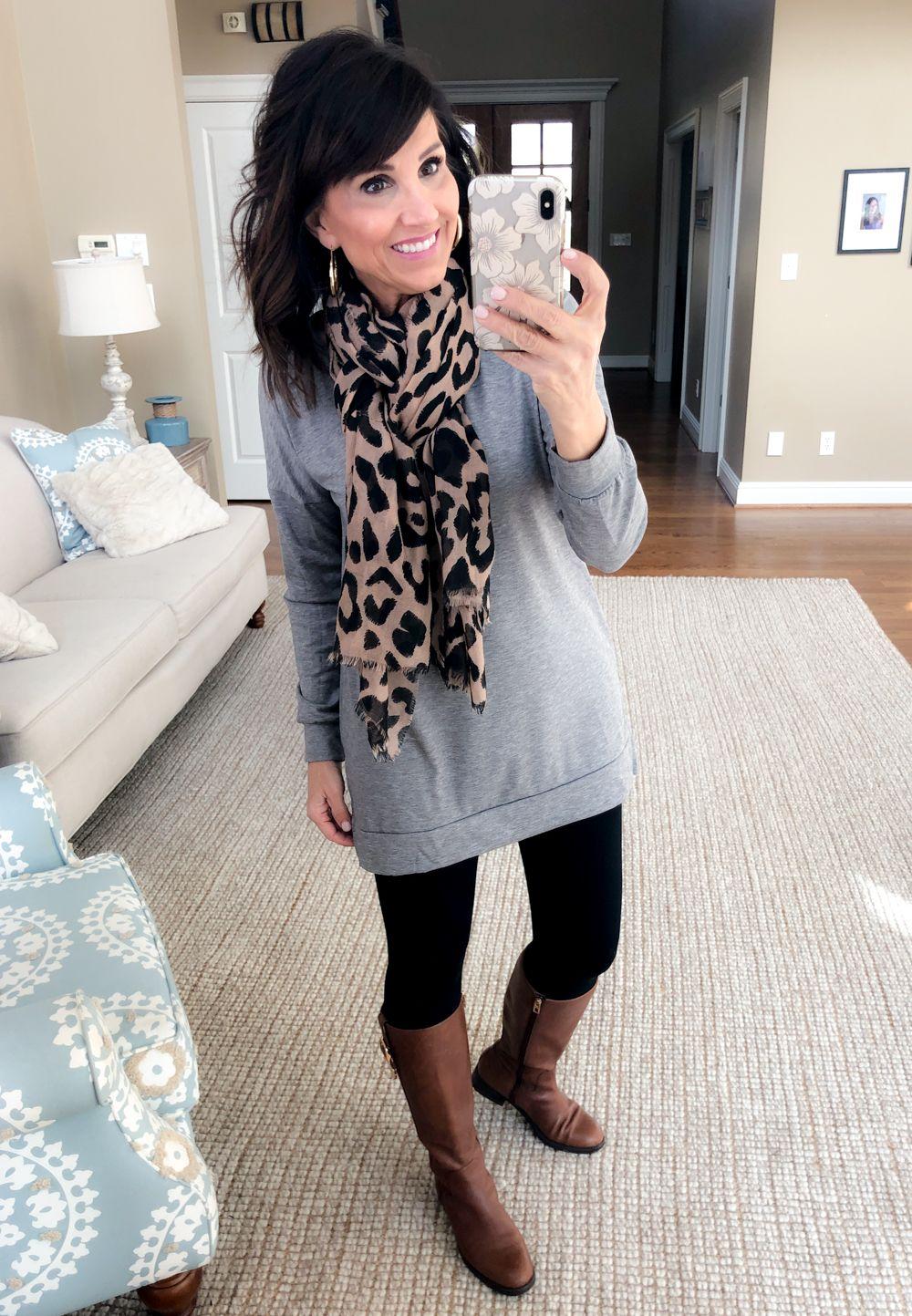Photo of How to Wear a Gray Tunic + Black Leggings 4 Ways – Cyndi Spivey