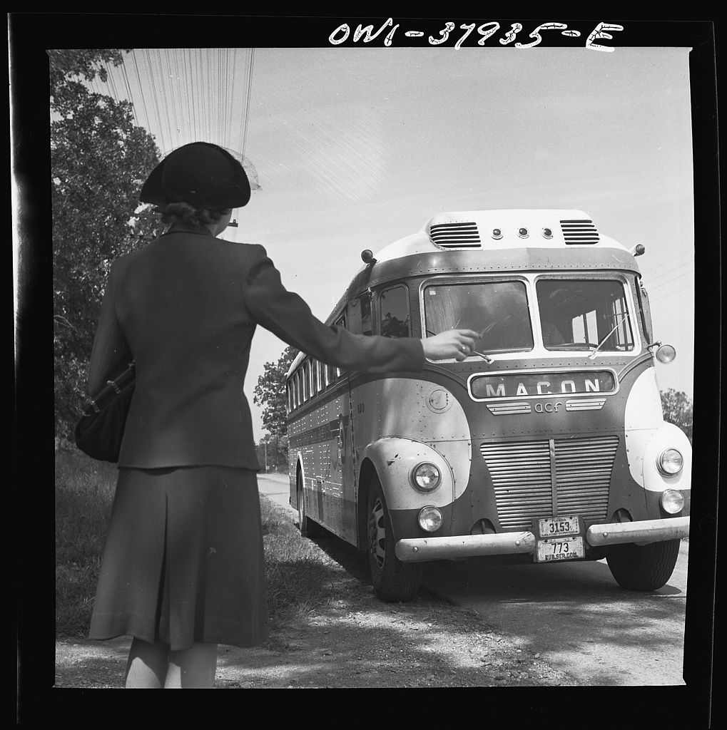 esther bubley : {a greyhound bus trip from louisville