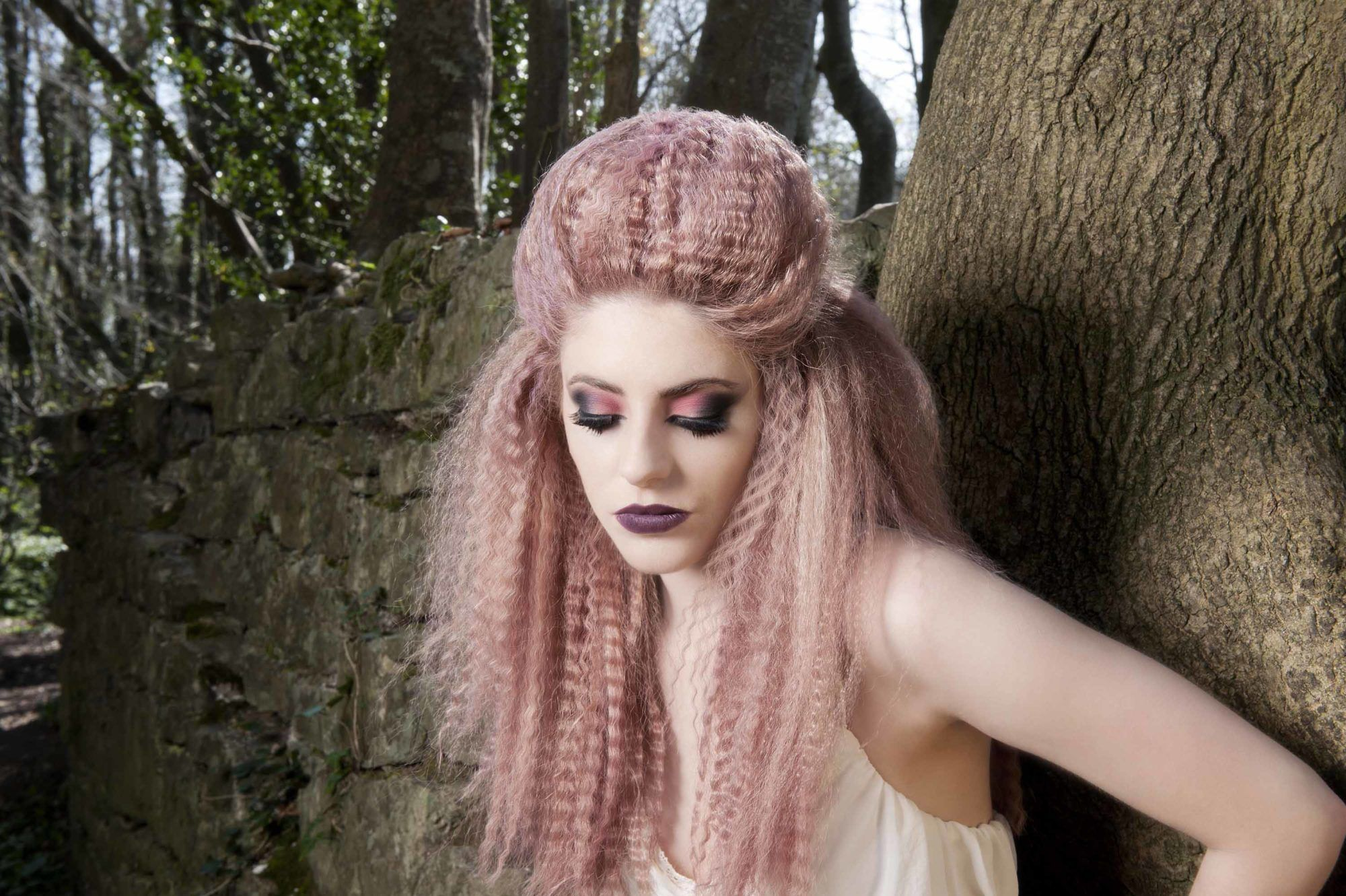 A KREPPELT HAJ ÚJRA HÓDÍT? http://beautymagazin.hu/kreppelt-haj-ujra-hodit/