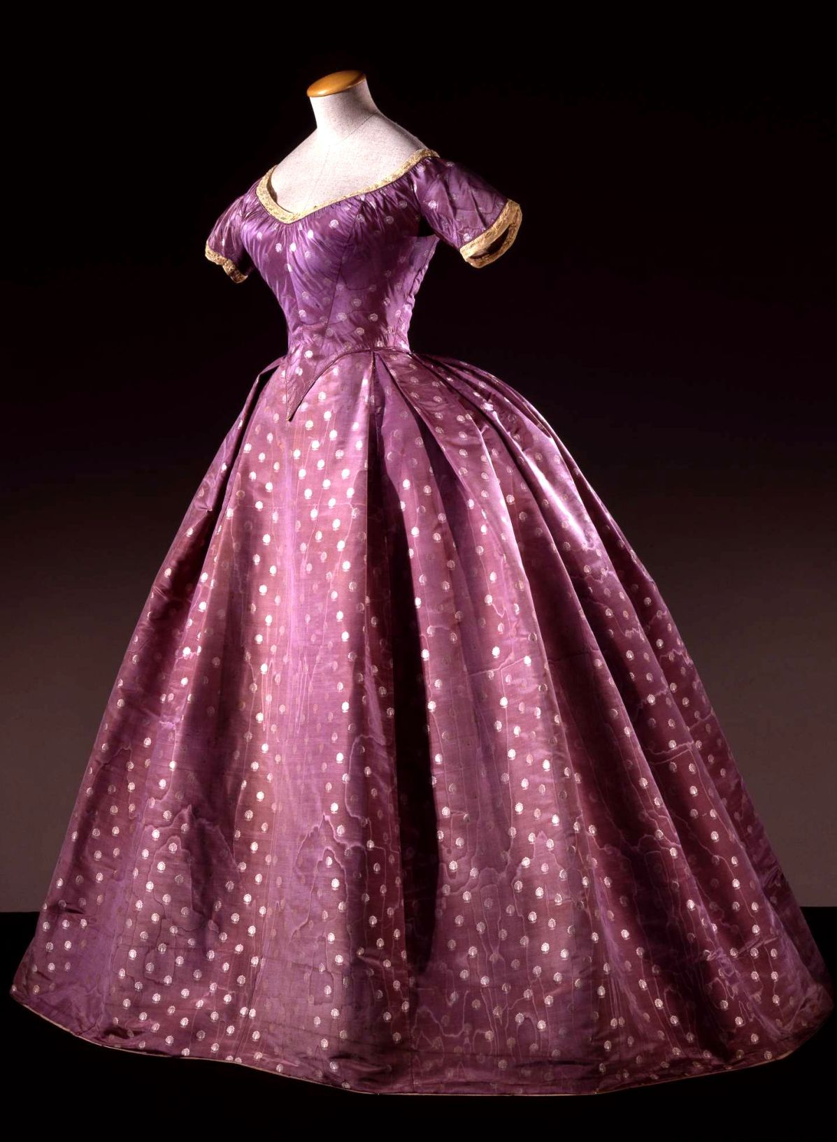 HISTORICAL PINK & PURPLE PRINTED DRESSES | HISTORICAL PINK & PURPLE ...