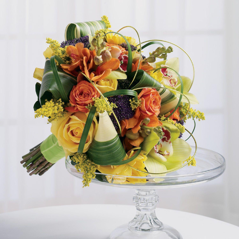 Sunset Oranges Wedding Bouquet Weddingflowers Falling In Love