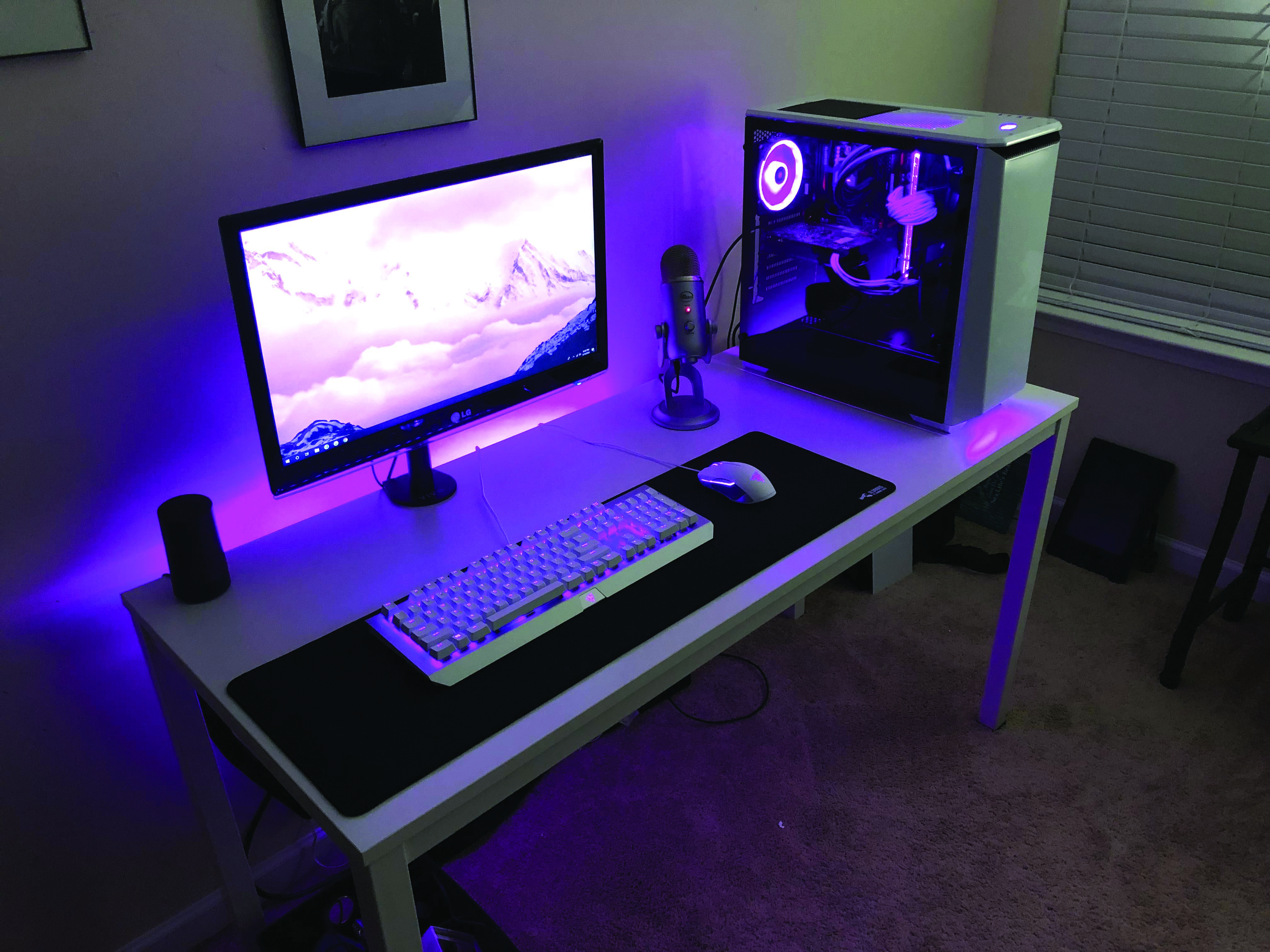 Pretty Custom Computer Desk Uk That Will Blow Your Mind Gaming Desk Setup Room Setup Game Room Design