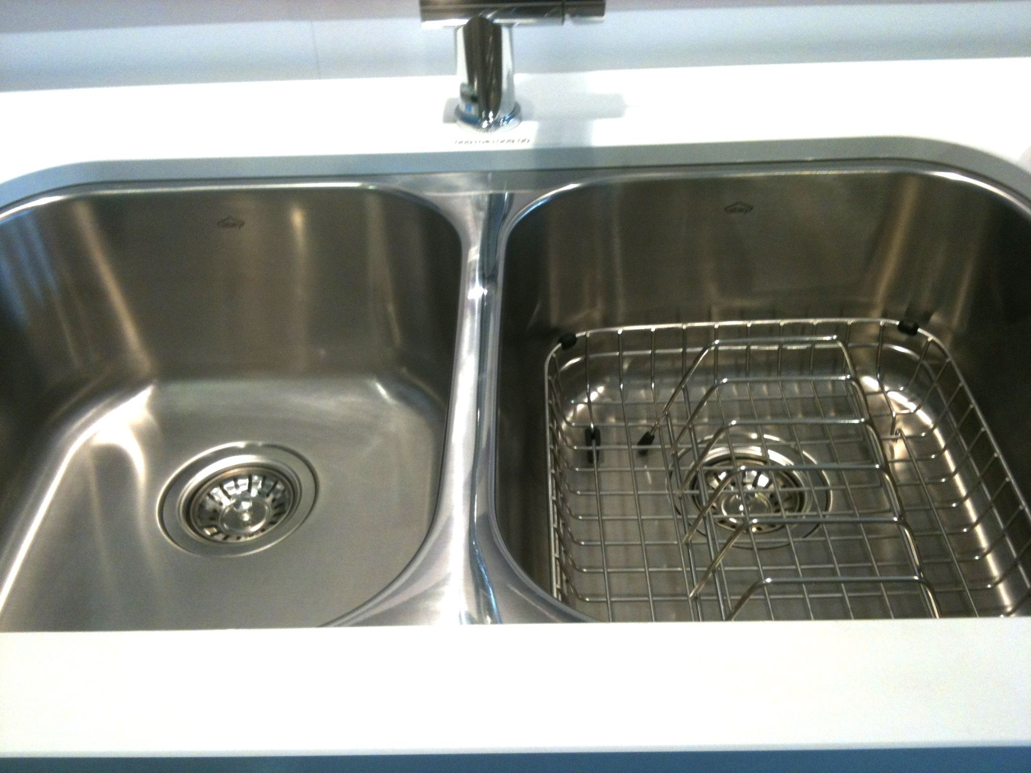 the abey sink in real life that drainer costs extra - Abey Kitchen Sinks