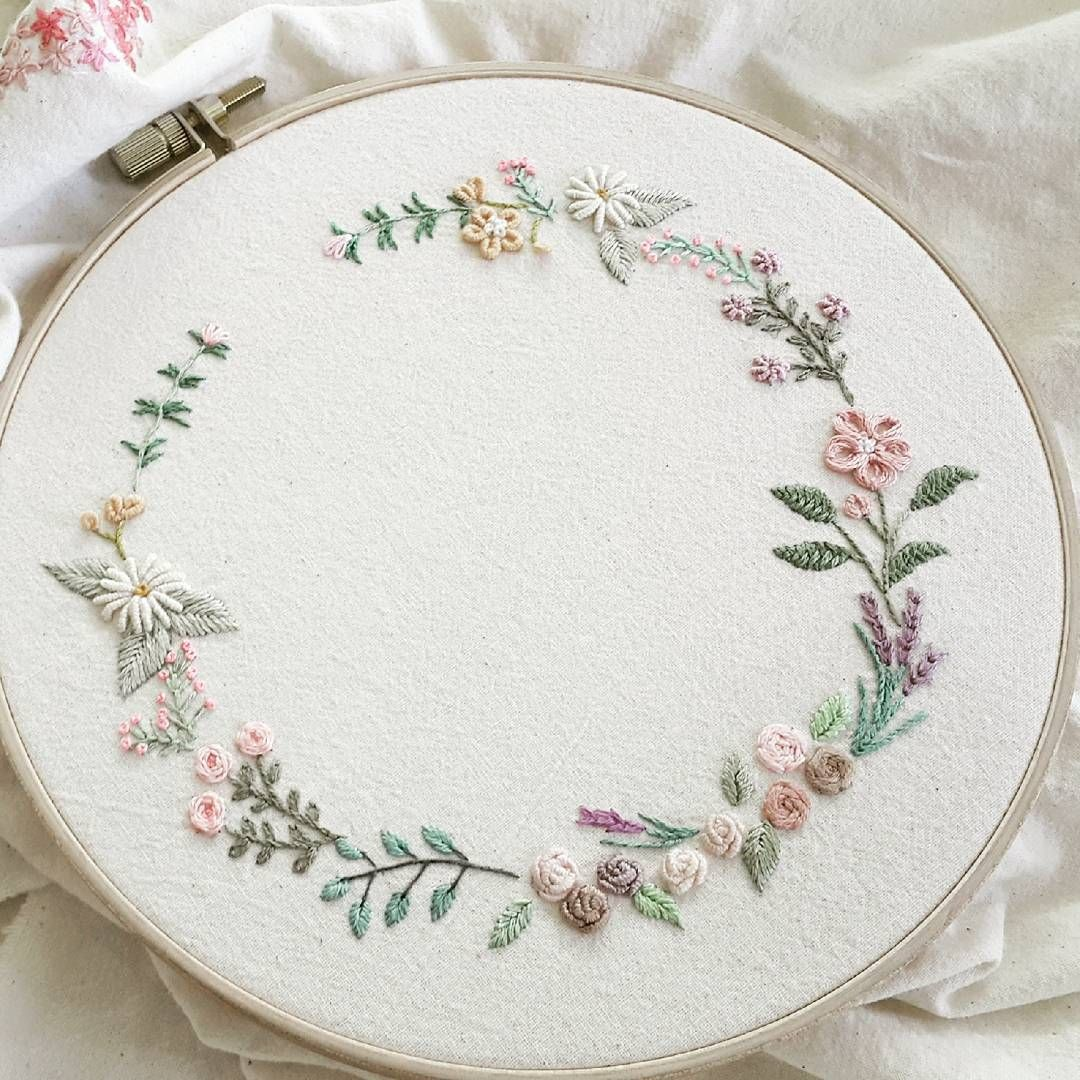 Flower wreath embroidery stitchy things pinterest