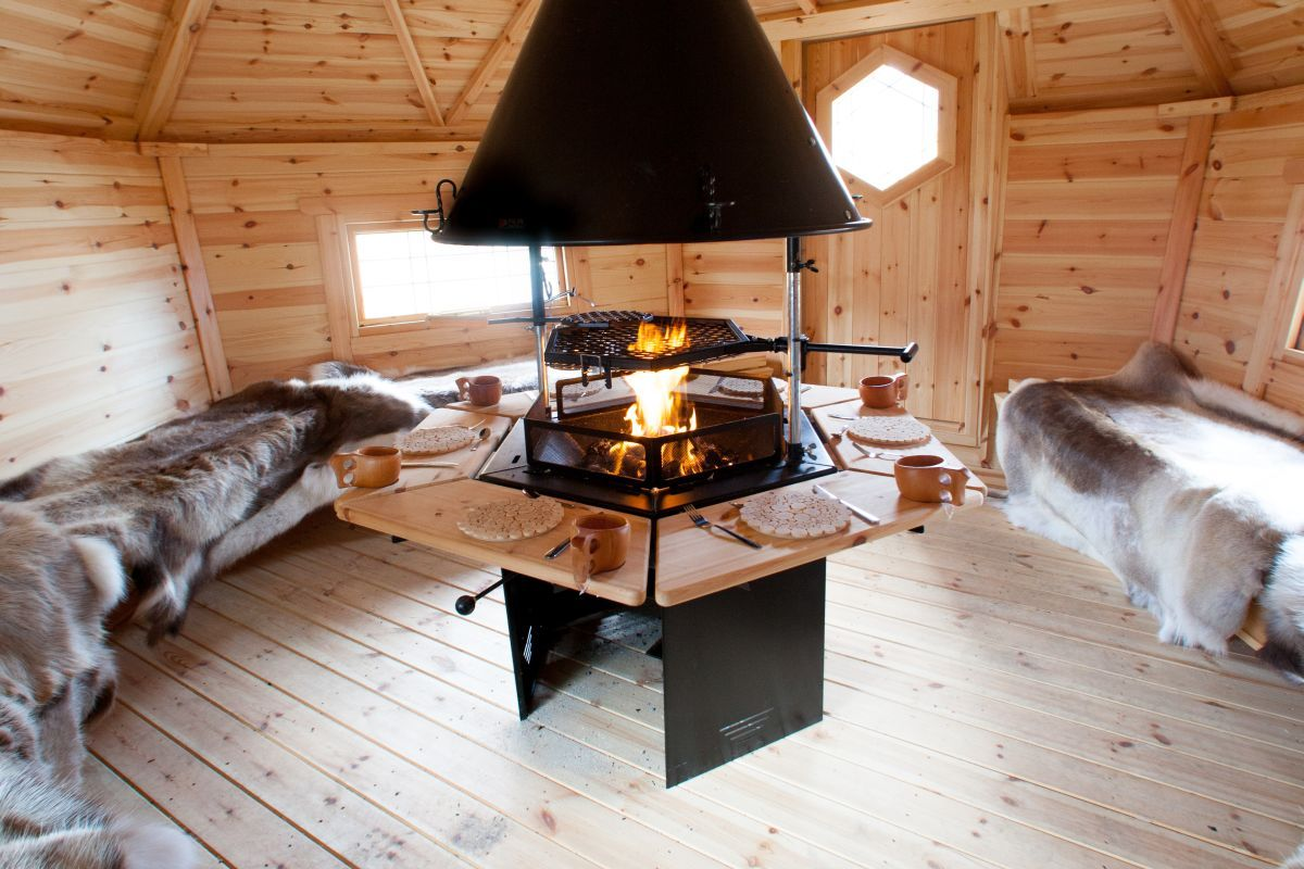 inside an arctic barbecue cabin these cabins are handmade in