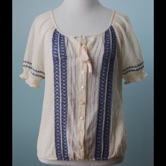 JOIE Pale Pink with Blue Embroidery Top Size S JOIE Pale Pink with Blue Embroidery Blouse Top Size Small Joie Tops Blouses
