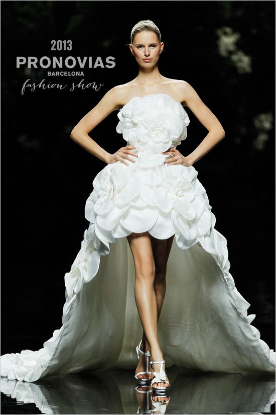 Short Wedding Dresses PRONOVIAS 2013 FASHION SHOW