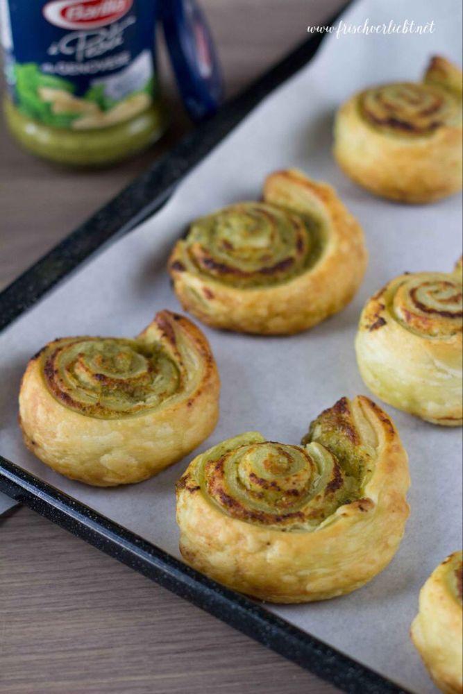 Blätterteig-Schnecken gefüllt mit Pesto und Parmesan - Frisch Verliebt - mein Blog für Food und Lifestyle #recipeshamburgermeat