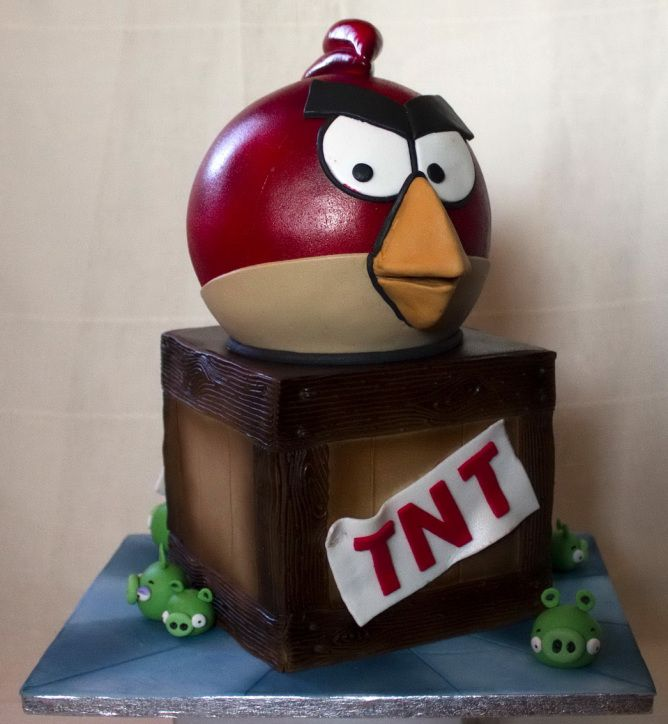 Tarta Angry Birds: Angry Birds Cake facebook: http://on.fb.me/MEghZr  instagram: http://bit.ly/LwpPF2