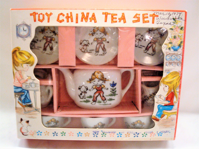 Vintage Toy Tea Set Toy China Tea Set W Little Girl