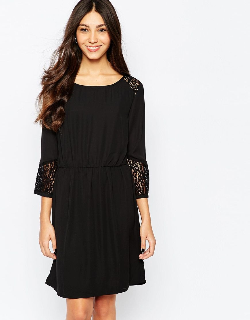 Soaked In Luxury 3 4 Sleeve Shift Dress With Embroidered Sleeves At Asos Com Etuikleid Abendkleid Models [ 1110 x 870 Pixel ]