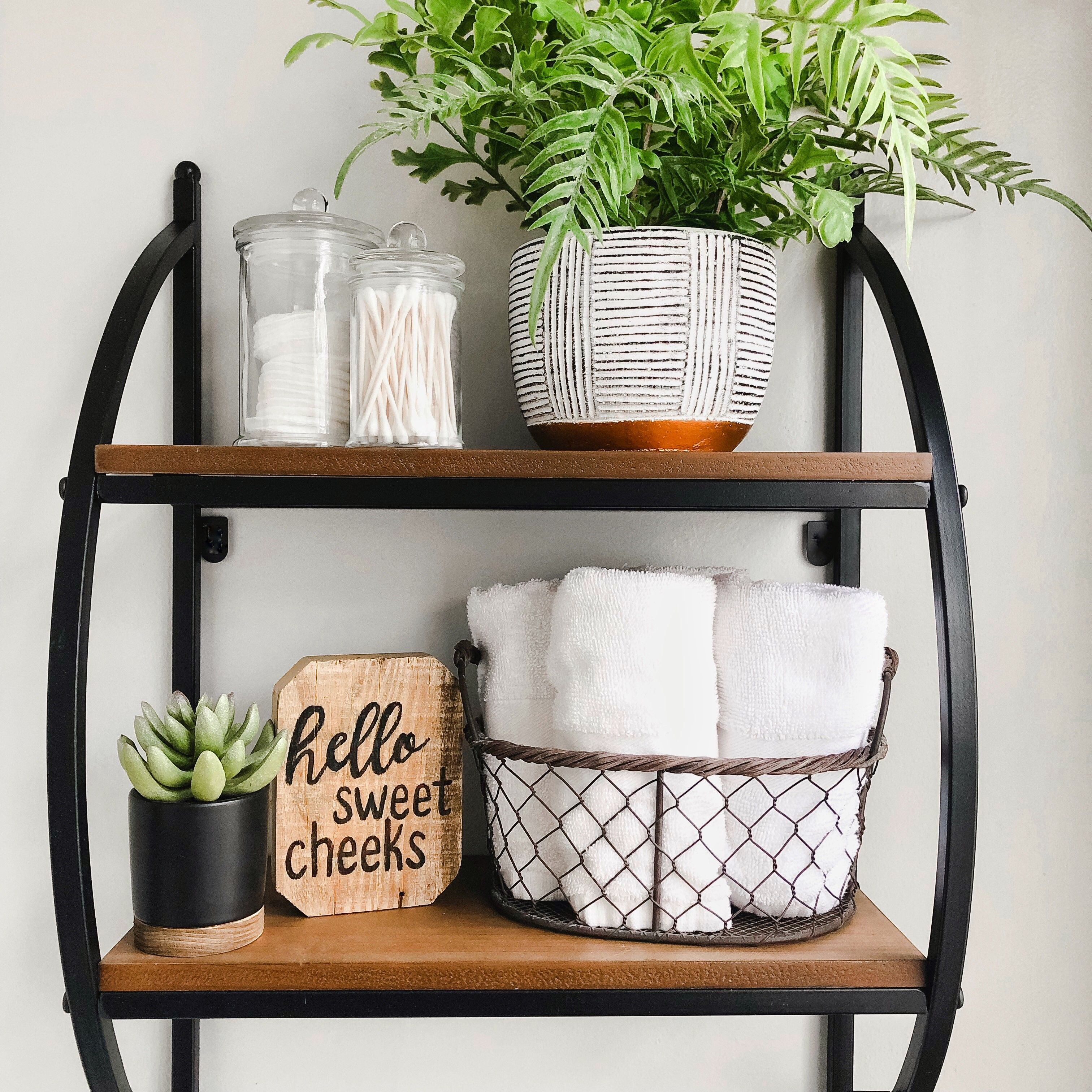 Bathroom organizaton for days with White Oak Shop! This shelf is