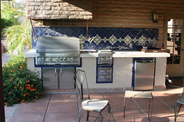 Phoenix Outdoor Kitchen Area With Barbecue Grill And Tile Counter New Patio Kitchens Design Review