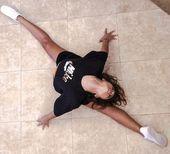 💕 #splits #yogaposes #yoga #dancers #flexibility #fitness  💕 #splits #yogaposes #yoga #dancers #flex...