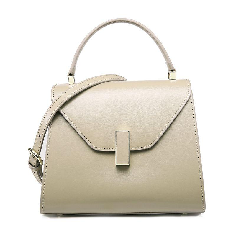 69896a82a Simple Style Ladies fashion black handbags