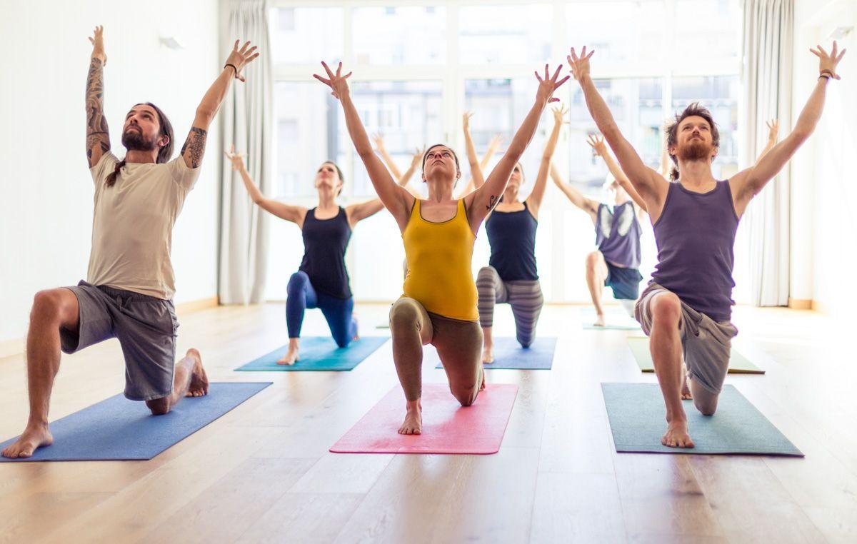 Cursos yoga 2019 yoga beneficios tipos de yoga clase