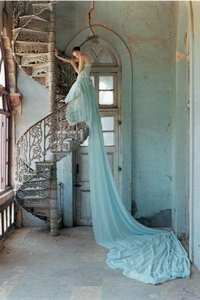 fairytale-esque.