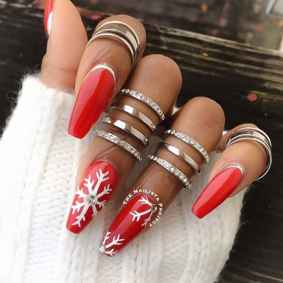 Cute Red And White Nail Art Pretty Winter Nail Design Christmas
