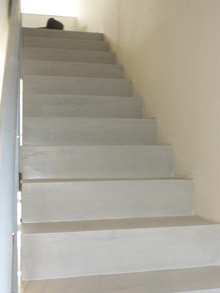 Comment réaliser un escalier en béton ciré en rénovation? en 2018 - Comment Faire Une Piscine En Beton