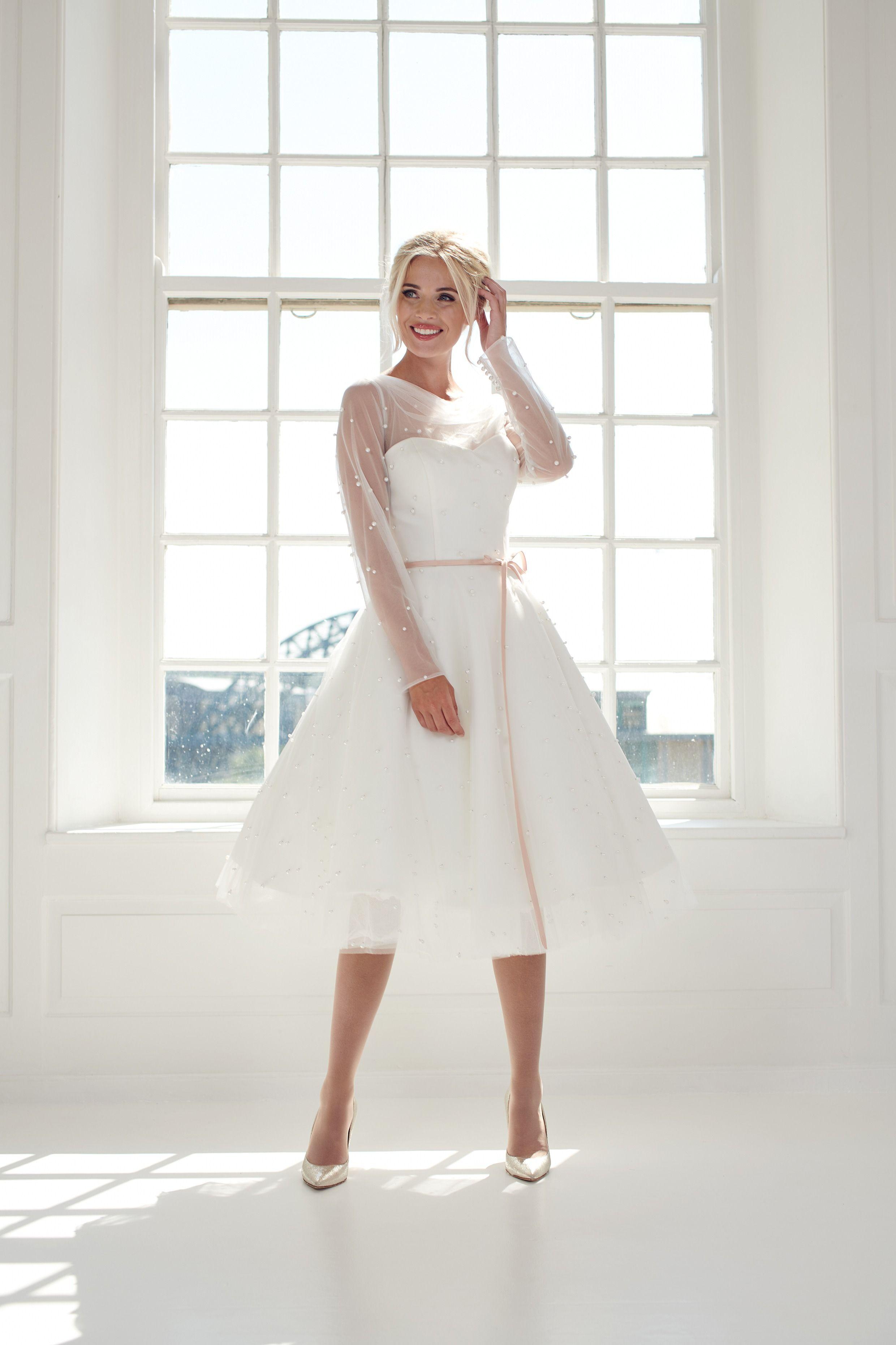Super Cute Pearl Encrusted Ivory Short Tea Length Wedding Dress Short Wedding Dress Wedding Dresses Tea Length Wedding Dress [ 3720 x 2480 Pixel ]