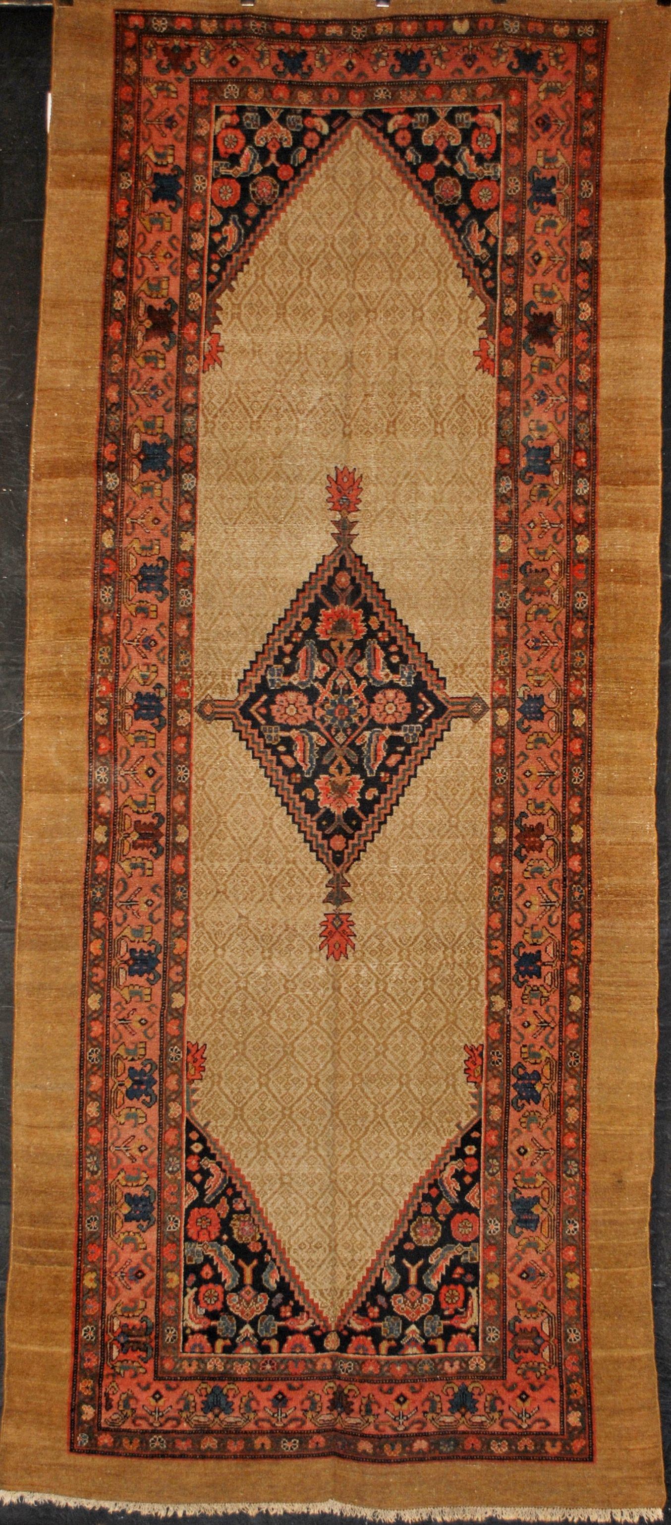 Farzin Rugs Inc Is Located In The Heart Of Slo Street Dallas Design District With Best Selection Antique Fort Worth
