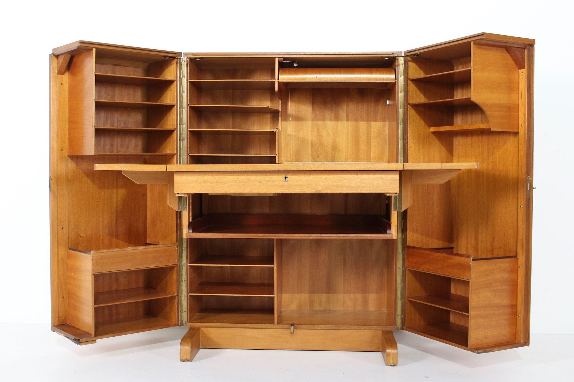 Bureau Escamotable Magic Box Mummenthaler Meier Meubles Vintage Liege En 2020 Bureau Escamotable Meuble Vintage Mobilier De Salon