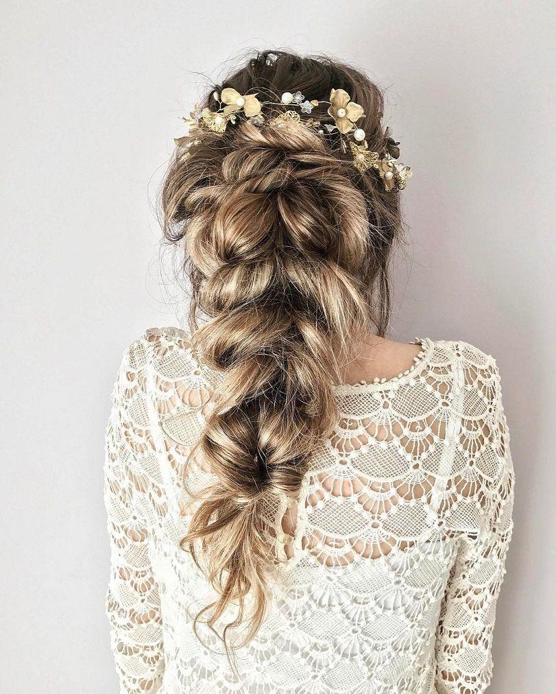Pretty braid hairstyle for wedding