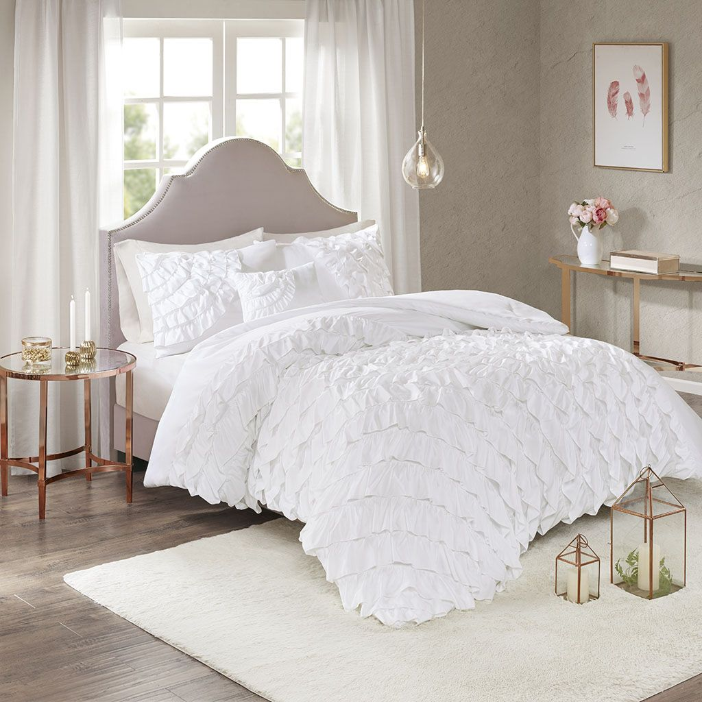 Grace You Bedroom With Beauty Of The Madison Park Octavia 4 Piece Ruffle Comforter Set The Gorgeous White Com Ruffle Duvet Cover Ruffle Duvet Ruffle Comforter