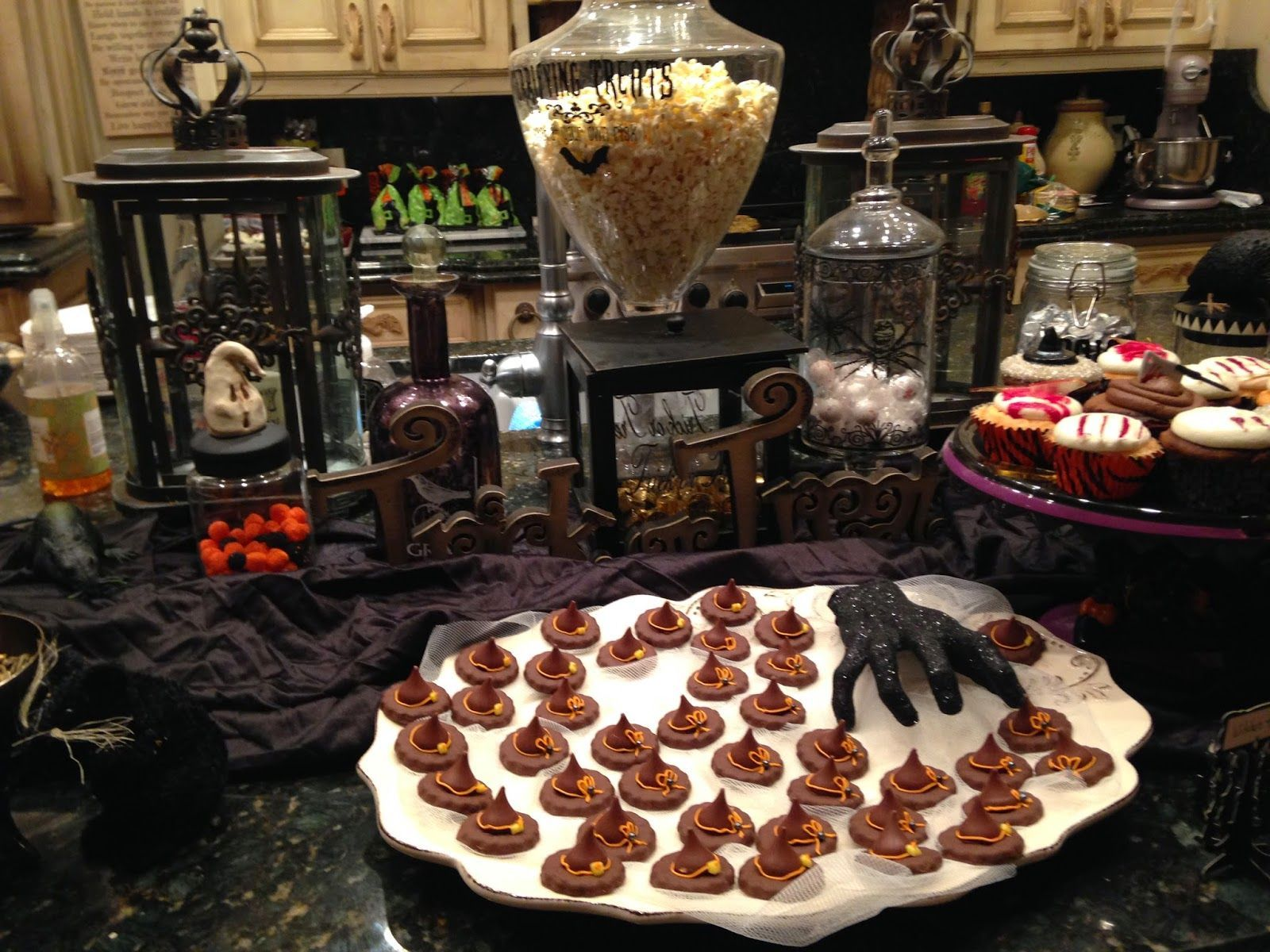 Purple Chocolat Home: Zombie Apocalypse Tablescape and Party #zombieapocalypseparty Purple Chocolat Home: Zombie Apocalypse Tablescape and Party #zombieapocalypseparty