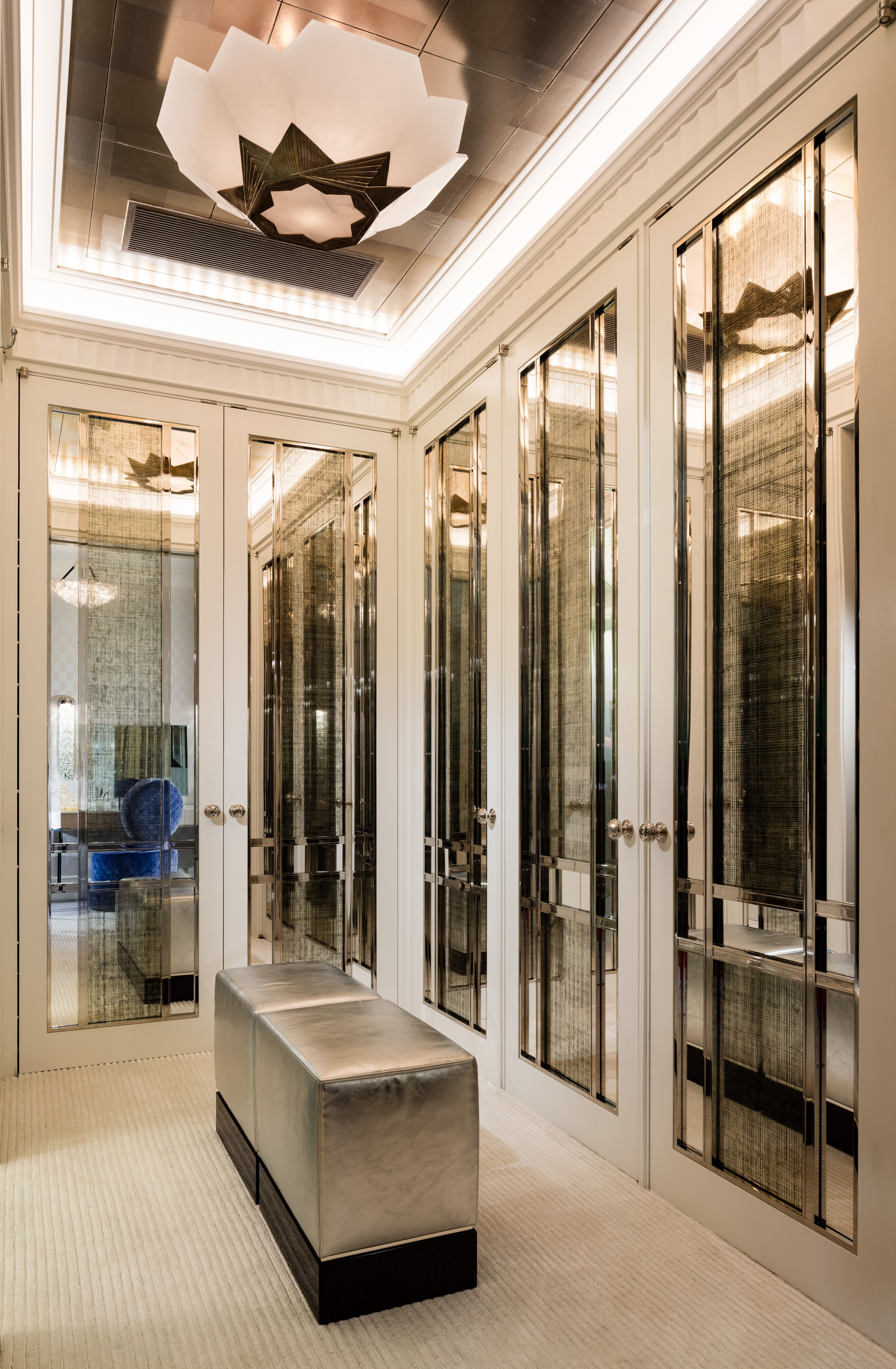 Luxurious Dressing Room Designed For Elegance And Style With