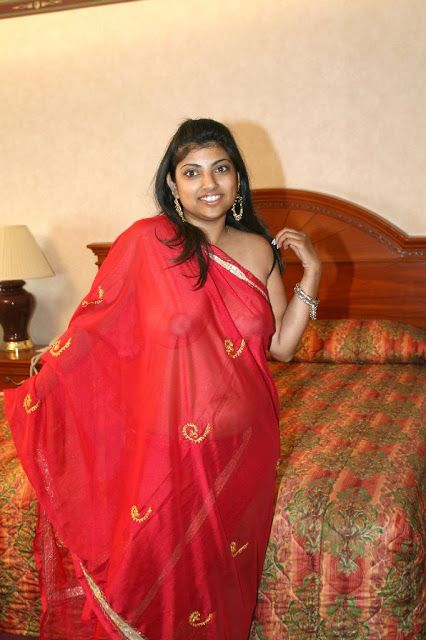 Madhura - Periya Mulai  Hotindians  Saree, Boobs, Red Saree-1449
