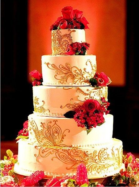 5 Tier White And Gold Wedding Cake With Red Flower Decoration Cake