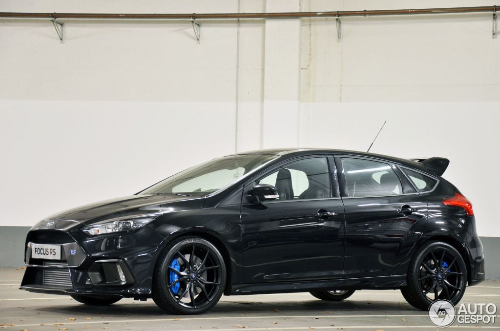 New Ford Focus Rs Black Ford Focus Hatchback Ford Focus Rs Ford Motorsport