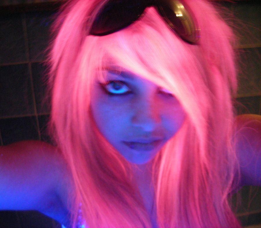 Uv Light Reactive Hair Color