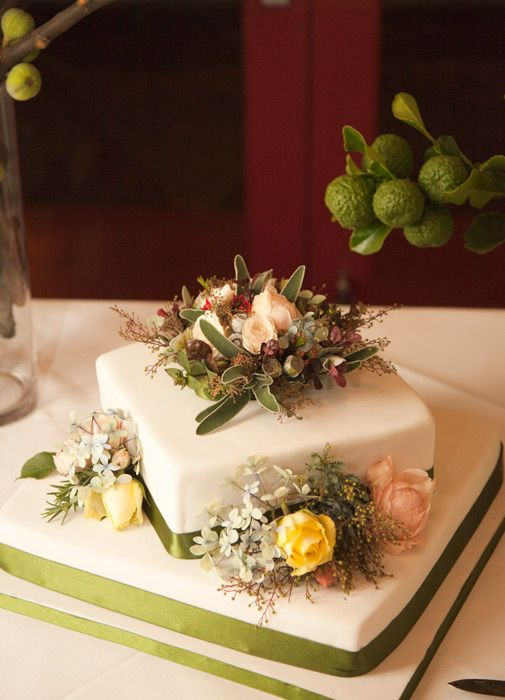 Clarence – Flowers & Fancy Goods » Flowers for Weddings. Dah dah dee dah.
