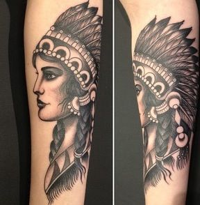 Pretty Indian tattoo @ High Voltage