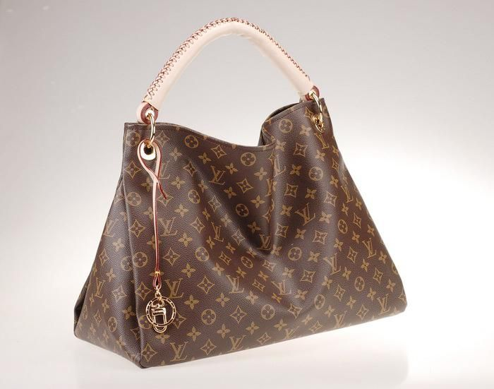 Lv Love 3 My Hubby Jus Got This Bag For Me It S Pretty Amazing And So Is He