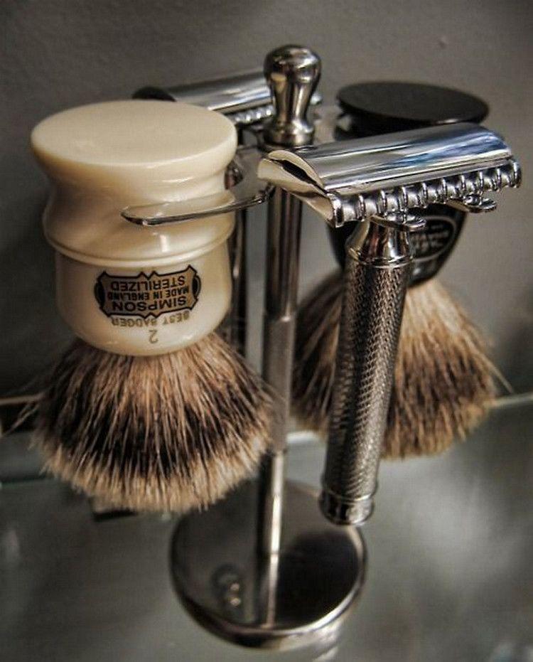 Daily Man Up 25 Photos Suburban Men Mens Shaving Kit Wet Shaving Shave Kit