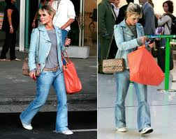 dc12b0870 Mais uma famosa e sua bolsa sacola. Carolina Dieckmann Imagem: Site Google  por loja