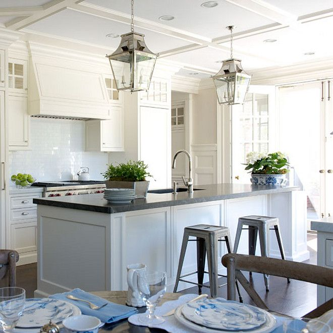 Benjamin Moore Antique White Kitchen Cabinets: Benjamin Moore Linen White 912.