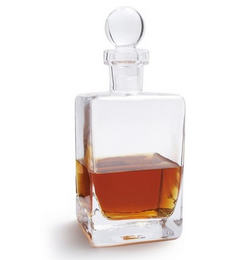 Valentines-Day-Gift-Whiskey-Decanter