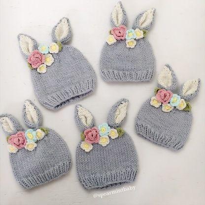Bunny Hat, Flowers | bebés | Pinterest | Kindermütze, Baby geschenke ...