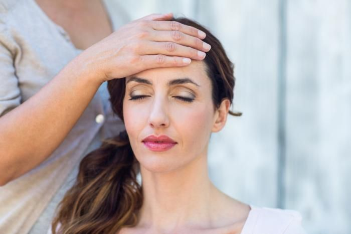 Reiki: What Is It And Does It Work? - Medical News Today
