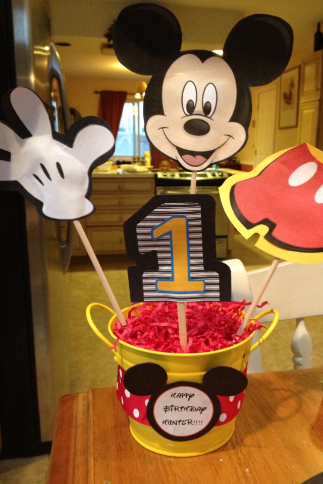 Mickey Mouse birthday party centerpieces Hunter Pinterest