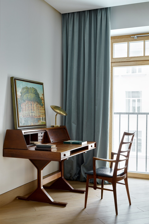Italianos Y Daneses Modern Desk Furniture Furniture Interior