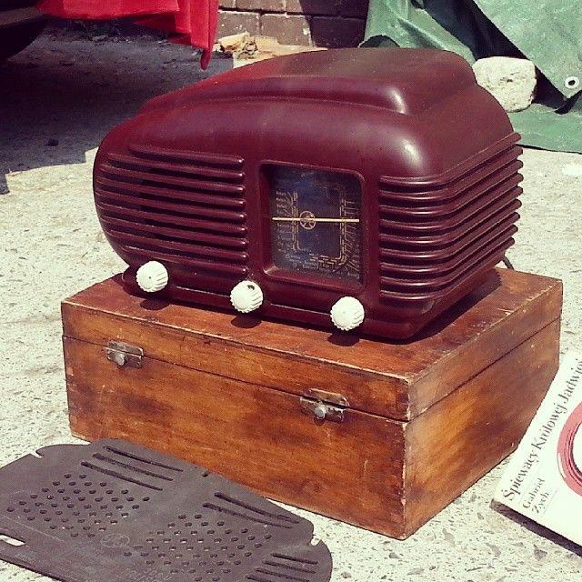 Todays flea #4 #vintage #pchlitarg #poznan #brocante #old #antiques #retro #Poland #starocie #fleamarket #flohmarkt #fleamarketfinds #radio