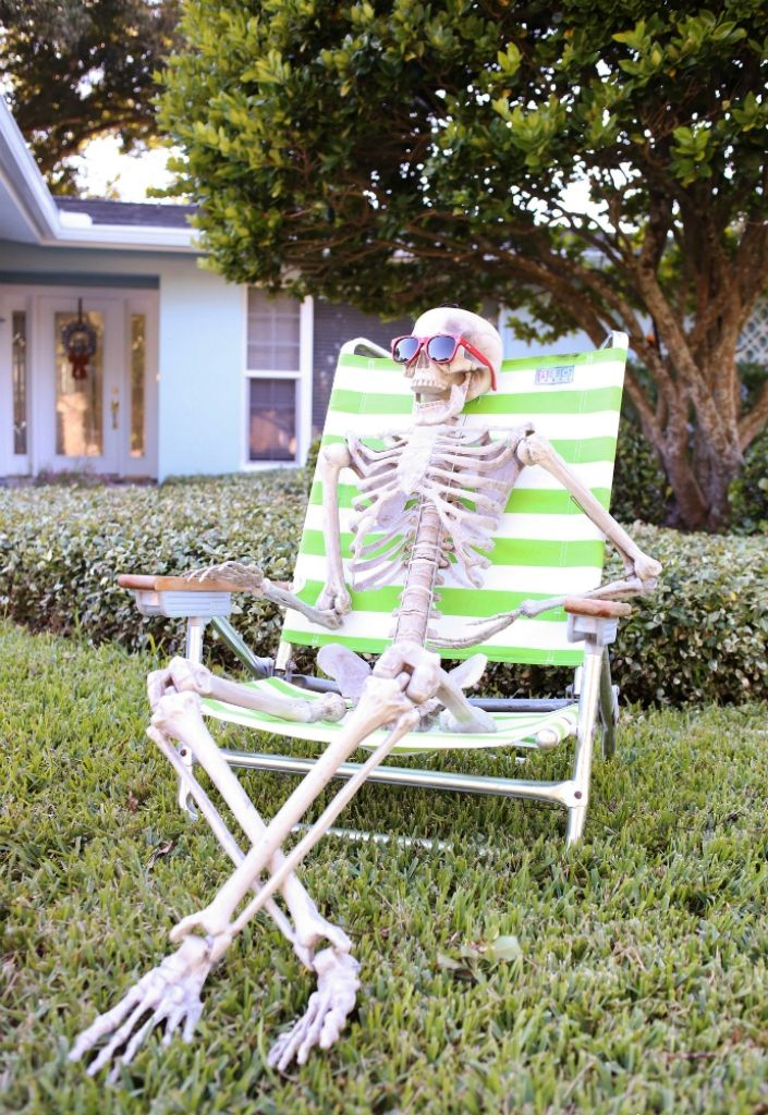 15 ideas about halloween skeleton decorations