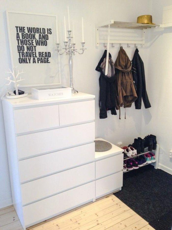 flur einrichten deko flur weiser schrank spruch kerzen schuhe boden aus holz flur garderobe. Black Bedroom Furniture Sets. Home Design Ideas